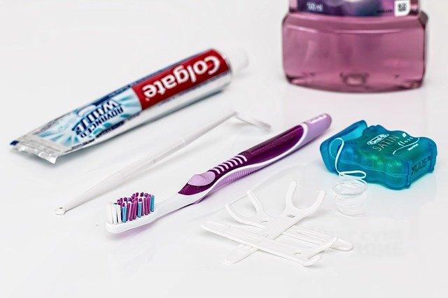 prostředky na ústní hygienu.jpg