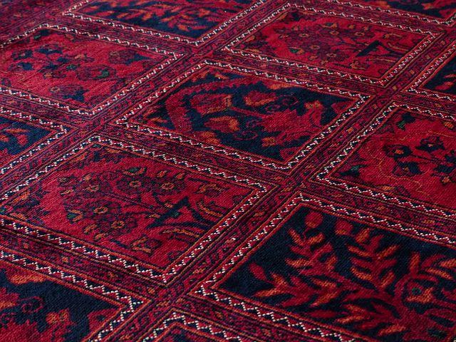 koberec červený detail